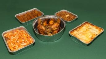 Safates d'alumini per a pollastres i plats cuinats