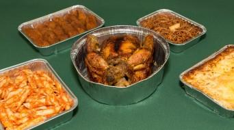 Bandejas de aluminio para pollos y platos cocinados
